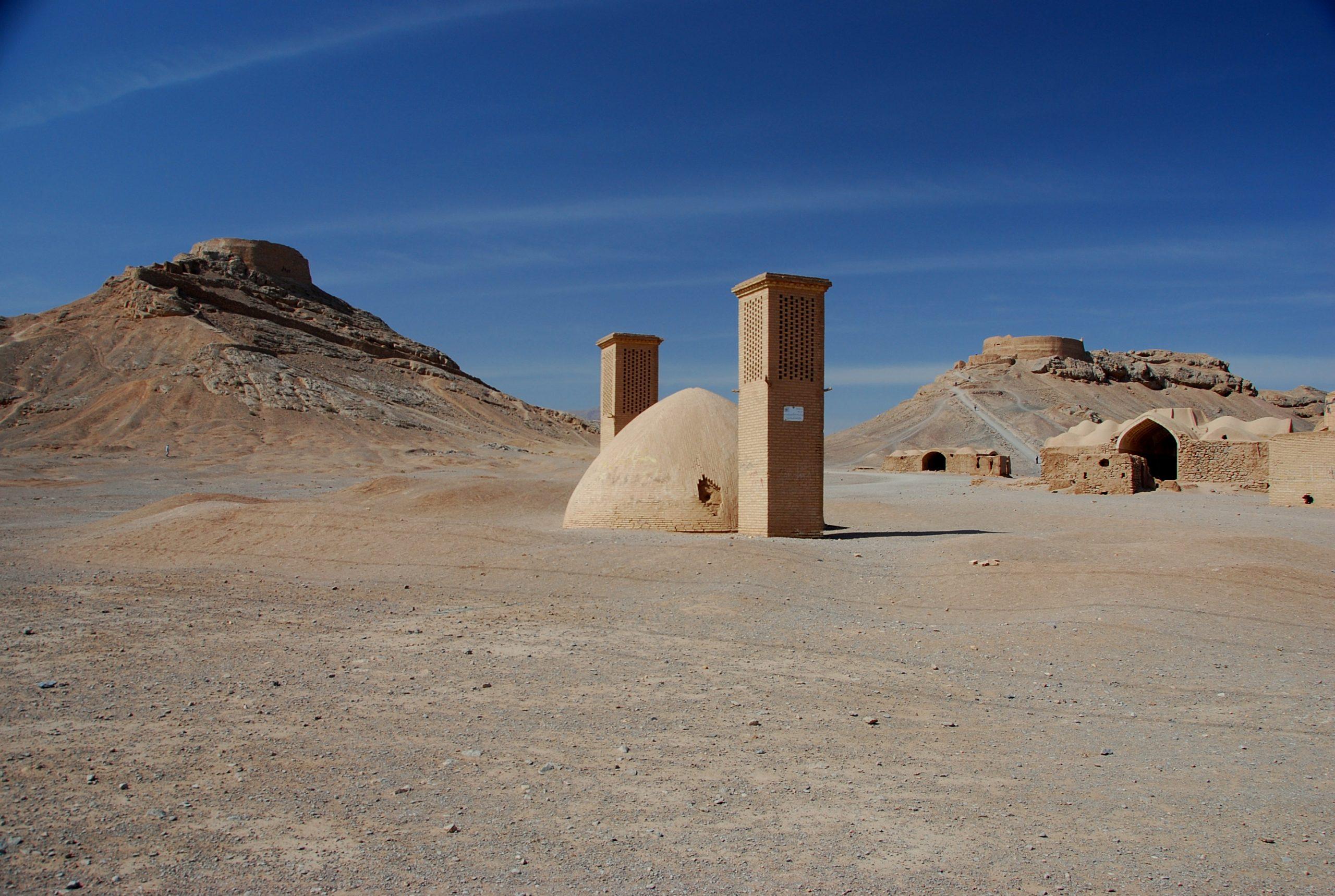 tower-of-silence-dakhmeh-yazd