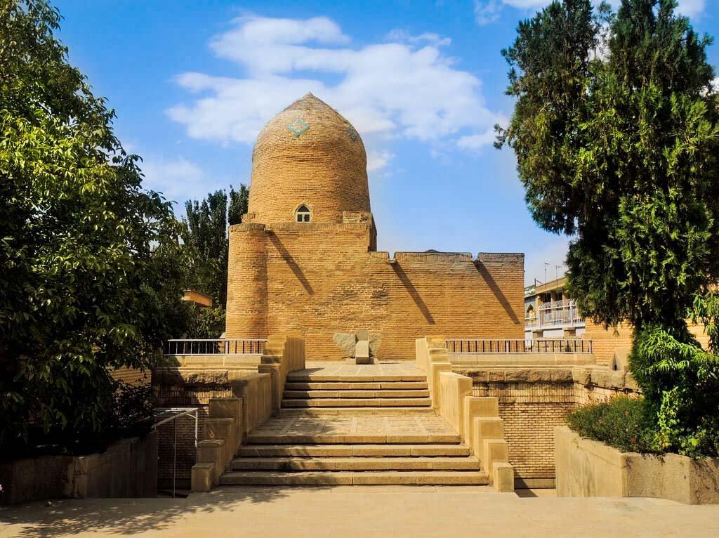 hamadan-Tomb-Esther-Mordekhai